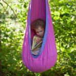 Ce hamac enfant est un vrai petit nid pour ce tout petit
