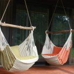 Duo de chaises hamacs pour une détente à deux