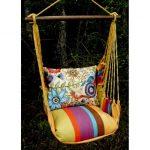 Exemple de coloris gais pour une chaise hamac