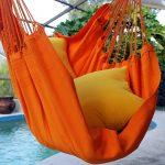 Flashy mais sympa ce coloris pour une chaise hamac