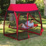 Free standing hammock with mosquito net