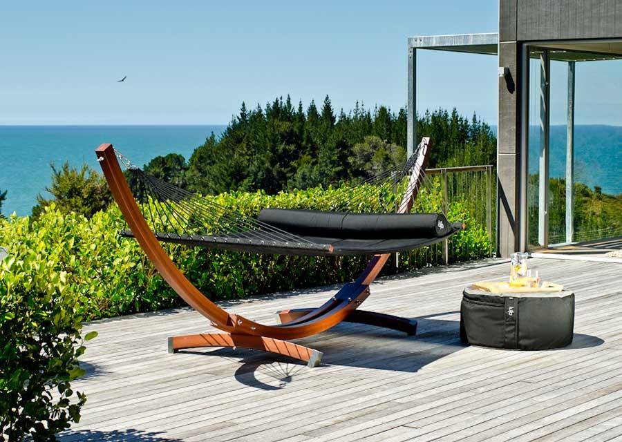 Très beau modèle de hamac sur pied design et confort assuré