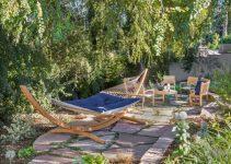 Très bel exemple de hamac dans un jardin