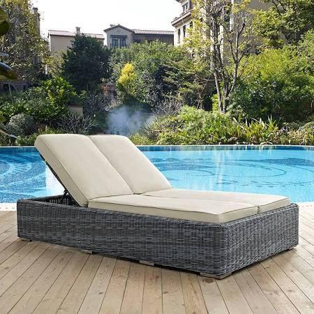 L'été au jardin bain de soleil et autres éléments