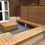 Banc de jardin design bois avec brise vue