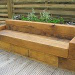 Banc de jardin design en bois massif tres epure