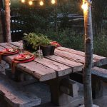 Banc de jardin en bois tres rustique pour table d exterieur