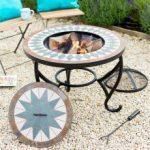 Brasero integre dans table en fer forge et mosaique