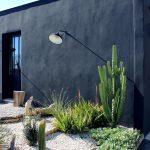 Eclairage excentre pour exterieur mise en valeur d un jardin mediterranee