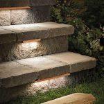 Eclairage exterieur habillage de marches de terrasse