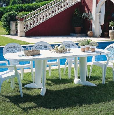 Grande table blanche pour exterieur en plastique pour 10 ...