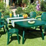 Grande table pour exterieur en plastique colori vert
