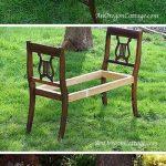 Idee renov banc de jardin repeint en blanc compose de deux chaise et lattes de bois