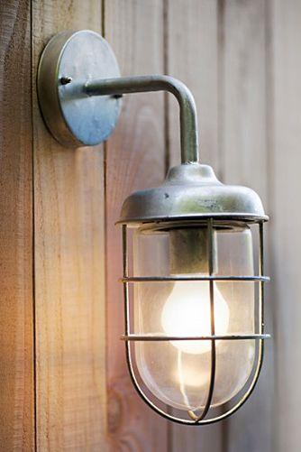 Luminaire lanterne exterieur pour mur applique salon de for Luminaire lanterne exterieur