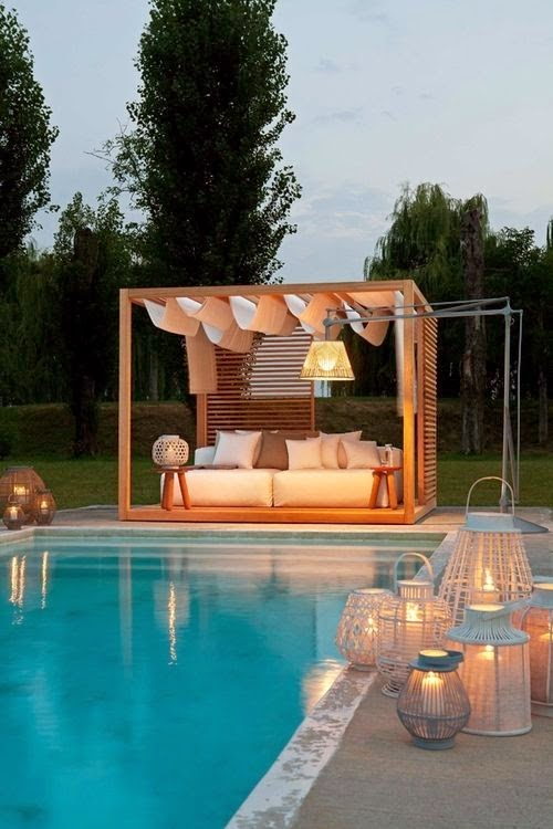 luminaire pour eclairage salon d exterieur avec piscine. Black Bedroom Furniture Sets. Home Design Ideas