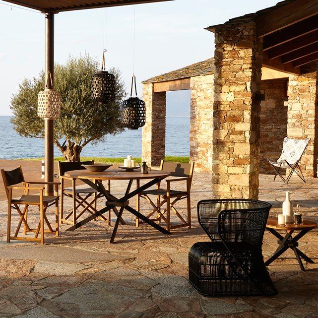 mobilier de jardin pour 4 personnes en bois salon de jardins. Black Bedroom Furniture Sets. Home Design Ideas
