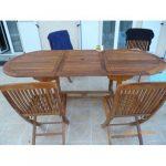 Mobilier de jardin table et chaises en bois