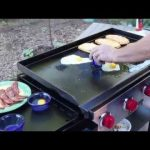 Plancha electrique oeufs au plat viandes grillees