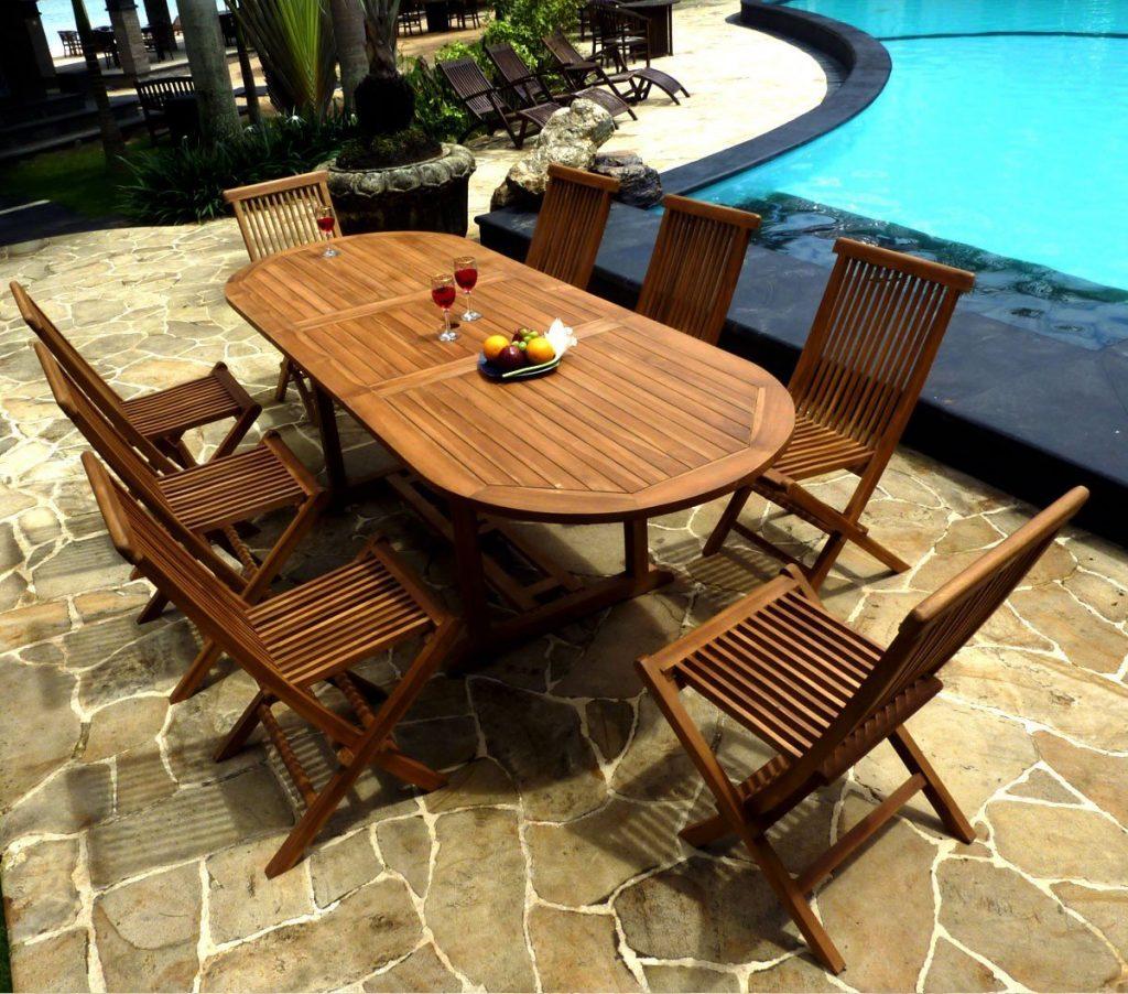 Pour votre inspiration une belle table de jardin en teck salon de jardins - Comment entretenir une table de jardin en teck ...