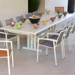 Table de jardin design blanche 10 places