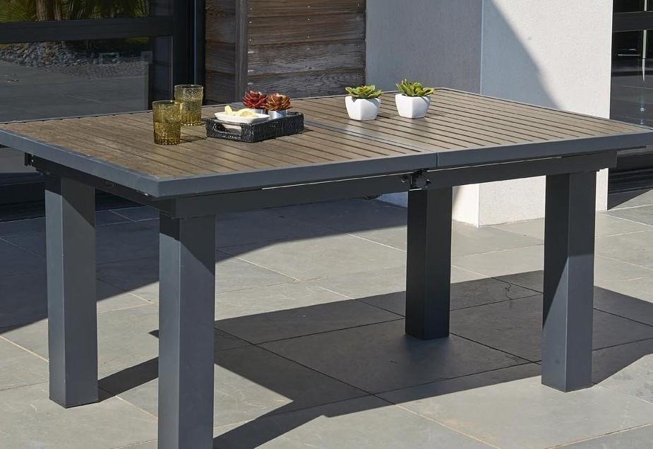 Table de jardin design en resine gris et imitation bois sur ...