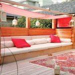 Voile rectangulaire d ombrage pour habiller un canape banquette de jardin sur mesure